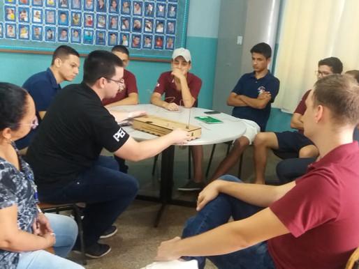 Visita do PET elétrica ao colégio EMEB Antônio Joaquim de Arruda