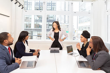 discussion-indoors-laptops-1367276.jpg