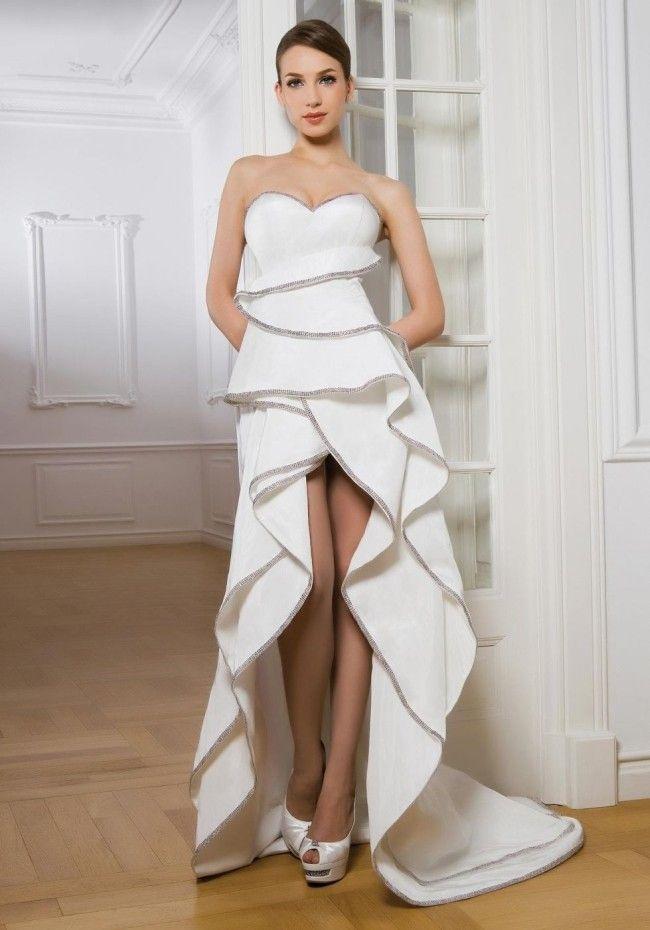 Vestido de noiva curto uma  opção para as mulheres modernas...