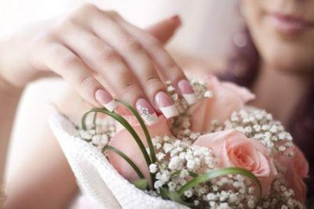 Unhas decoradas para noivas ou festas