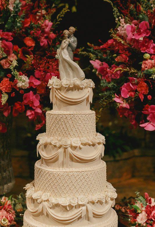 Modelos de topos de bolo de casamento