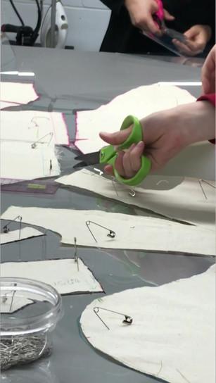 cours de coupe à plat / pattern cutting class