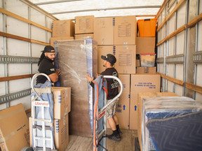 Simplify Moving With Packing and Unpacking Services