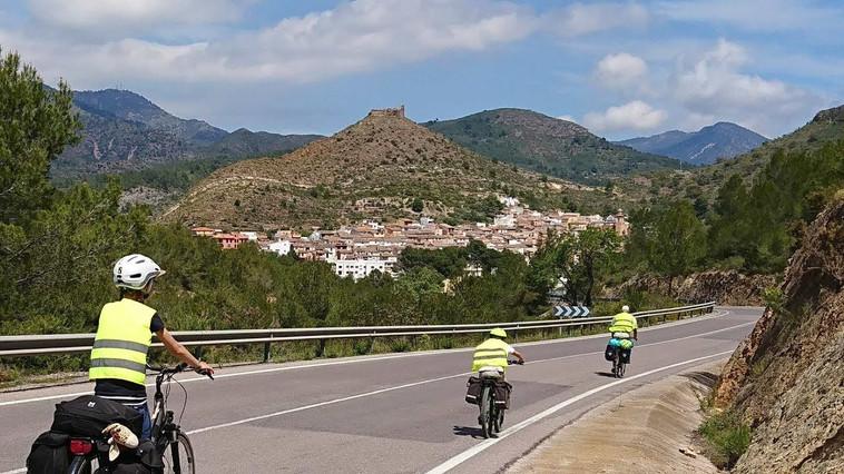 Aragon-Valencia on bike