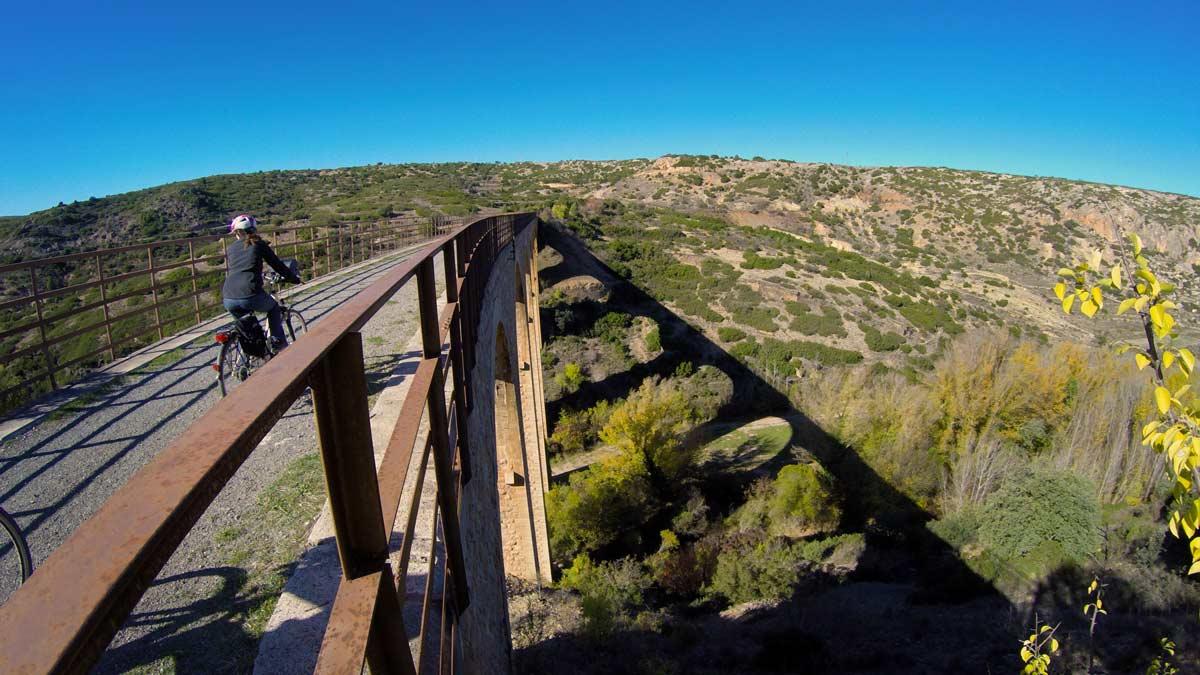 Via-Verde_op-brug-Albentosa