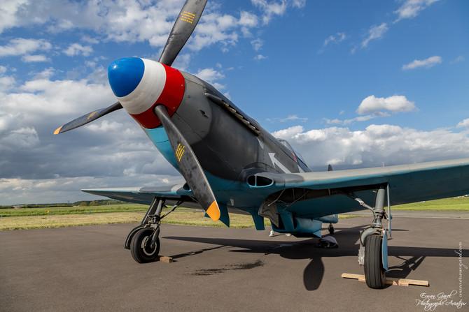 """Un Yak de l'escadrille """" Normandie Niemen"""" à Toussus le Noble..."""