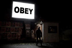 obey-narrative-conceptual-photography