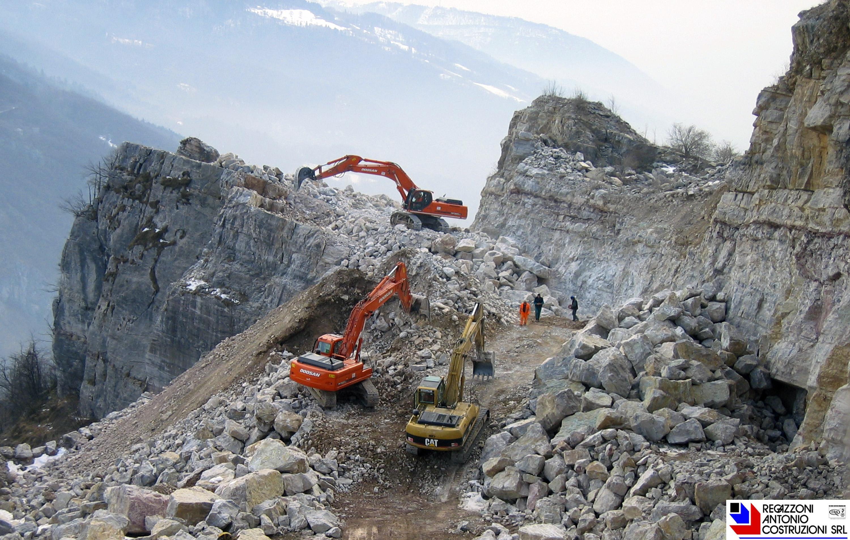 Lavorazioni di cava per approvvigionamento di inerti