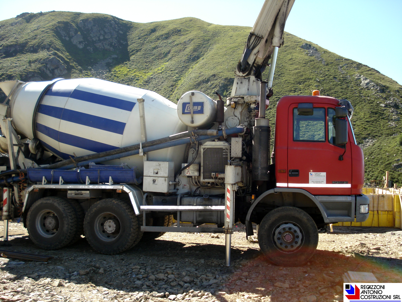 Foppolo - Getto con auto-beton-pompa