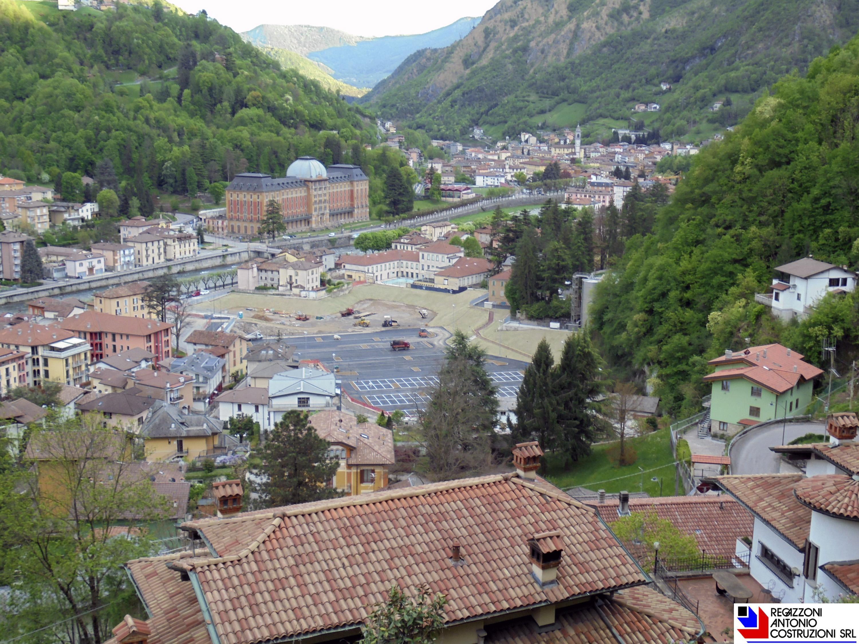 San pellegrino Terme - Vista dall'alto parcheggio QC Terme