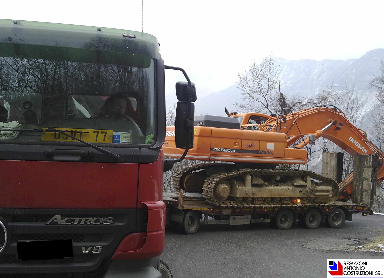 Trasporto escavatore Doosan 520