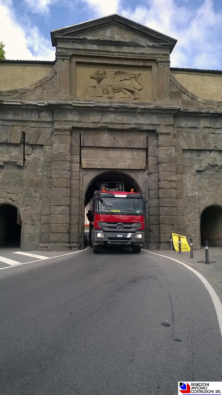 Bergamo Alta - Trasporto fresa 2000