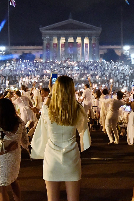 Diner en Blanc at the Philadelphia Art Museum KSNI_Special_Event_Photography_Philadelphia.jpg