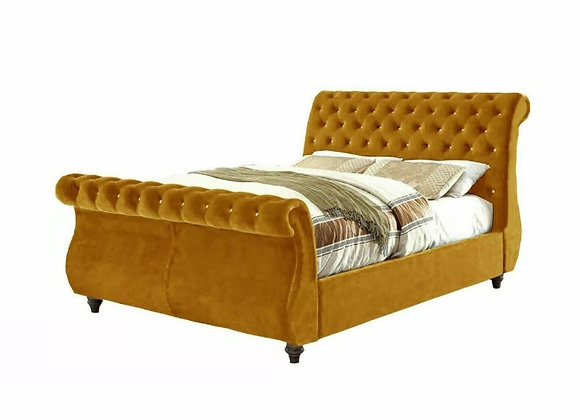 Swan Top upholstered bed 2L / wooden leg / beading