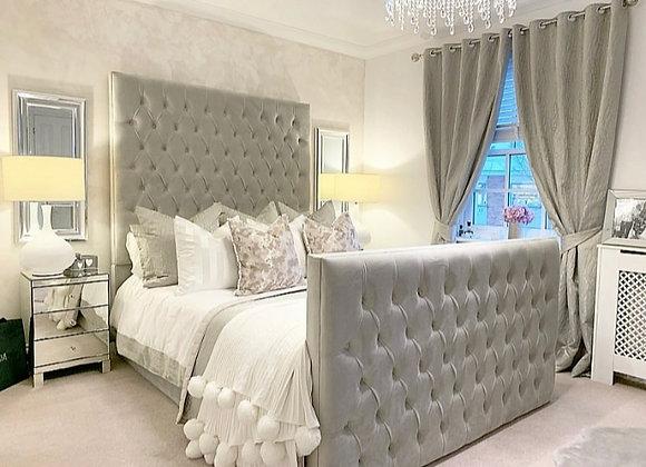 Jkarta chesterfield bed