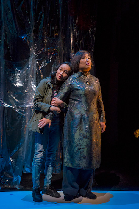 "Affecting ""Bound"" probes dissonances of second-generation Americans"