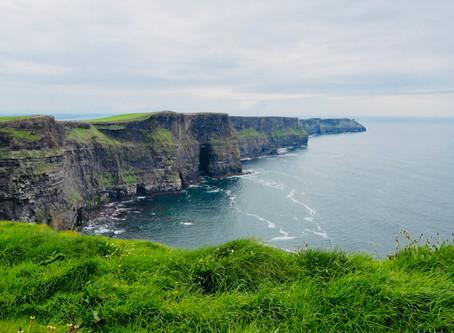Cliffs of Moher, sleep & food in Dublin
