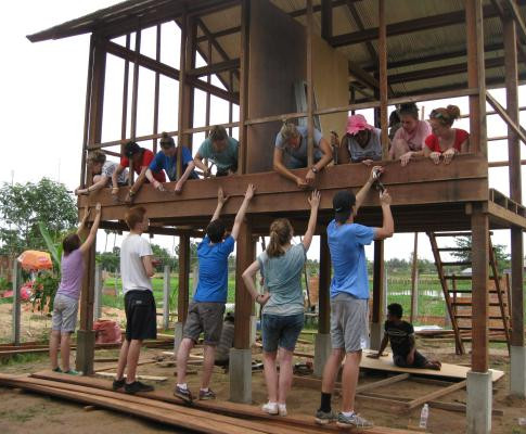 Volunteer-Building-Cambodia-build-a-hous