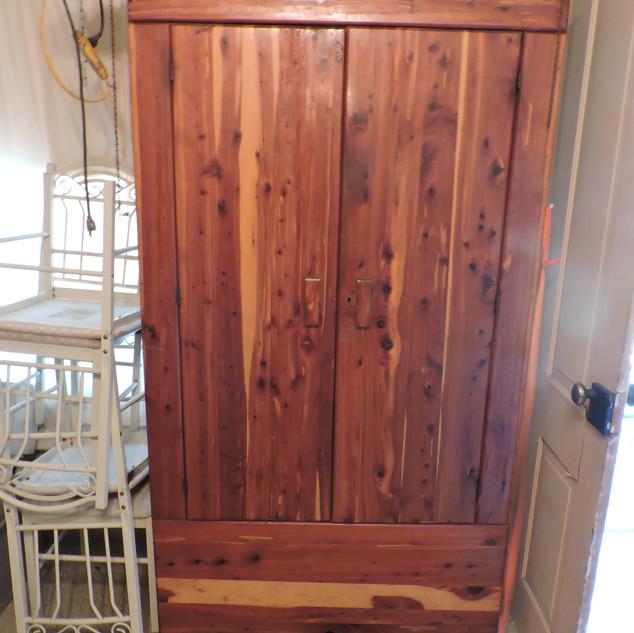075A  Large Cedar Wardrobe.JPG
