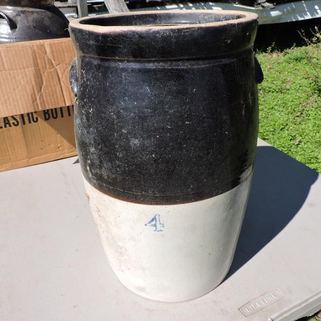 058  4 Gallon Crock.JPG