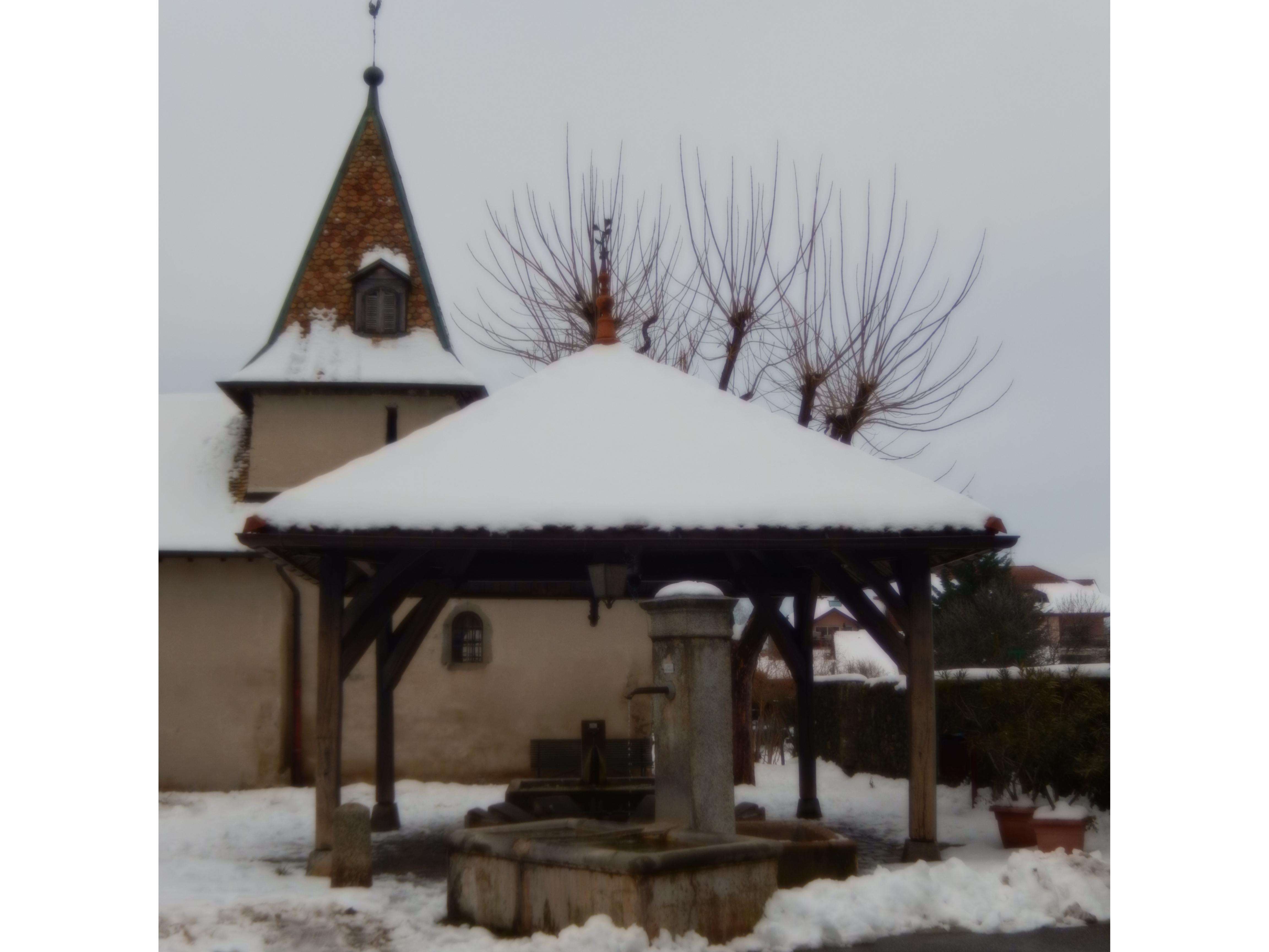 Lavoir_et_église_Concise