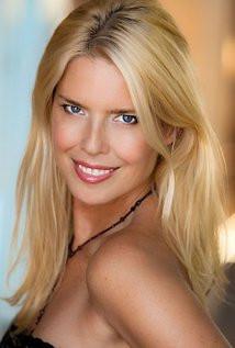 Cast Spotlight: Elise Muller