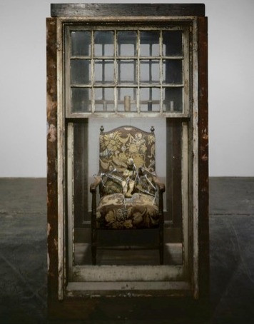Gone, but Unforgettable: Remembering the Art of Louise Bourgeois | Lady in waiting (2003) by Louise Bourgeois