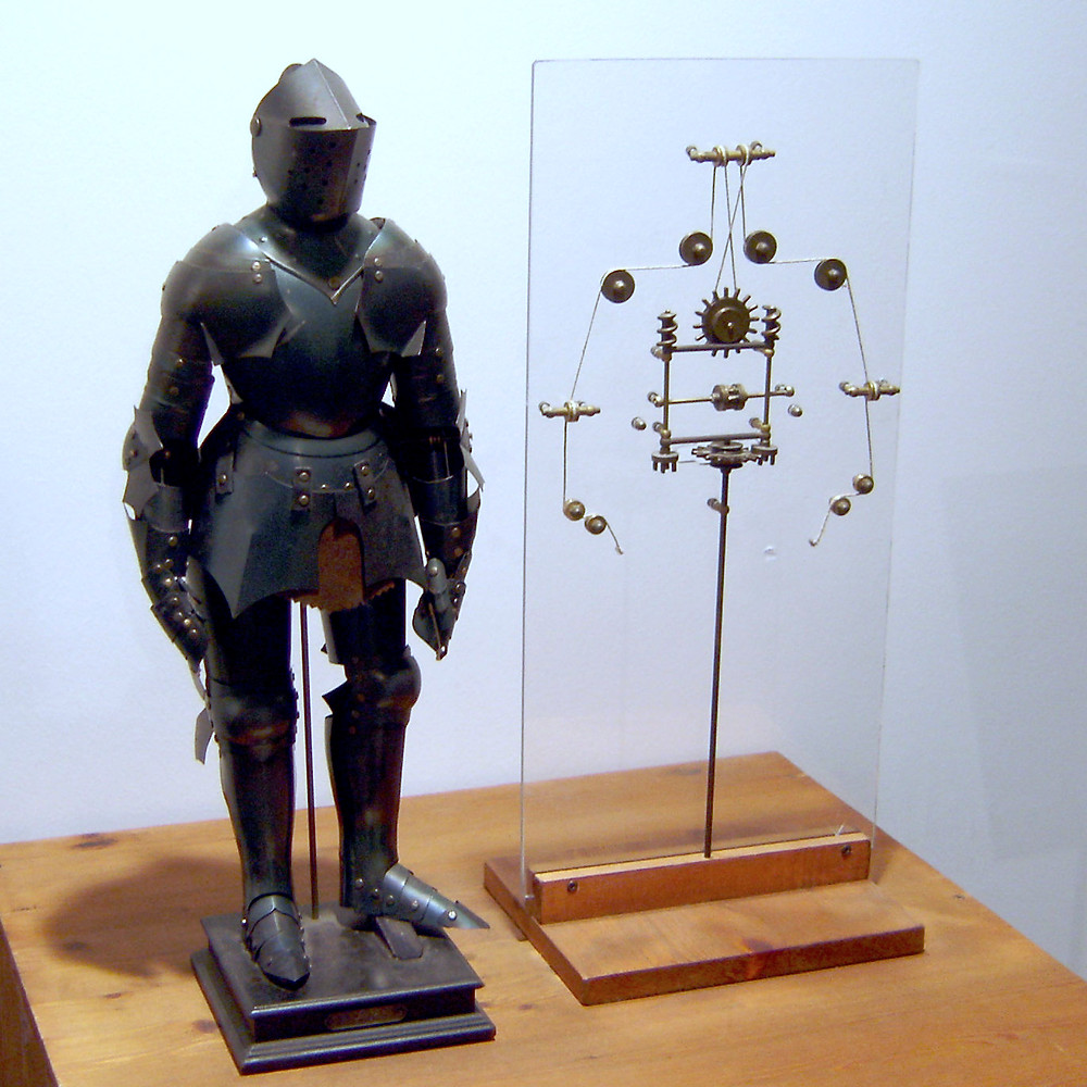Leonardo's Mechanical Knight replica based on original design | Public Domain
