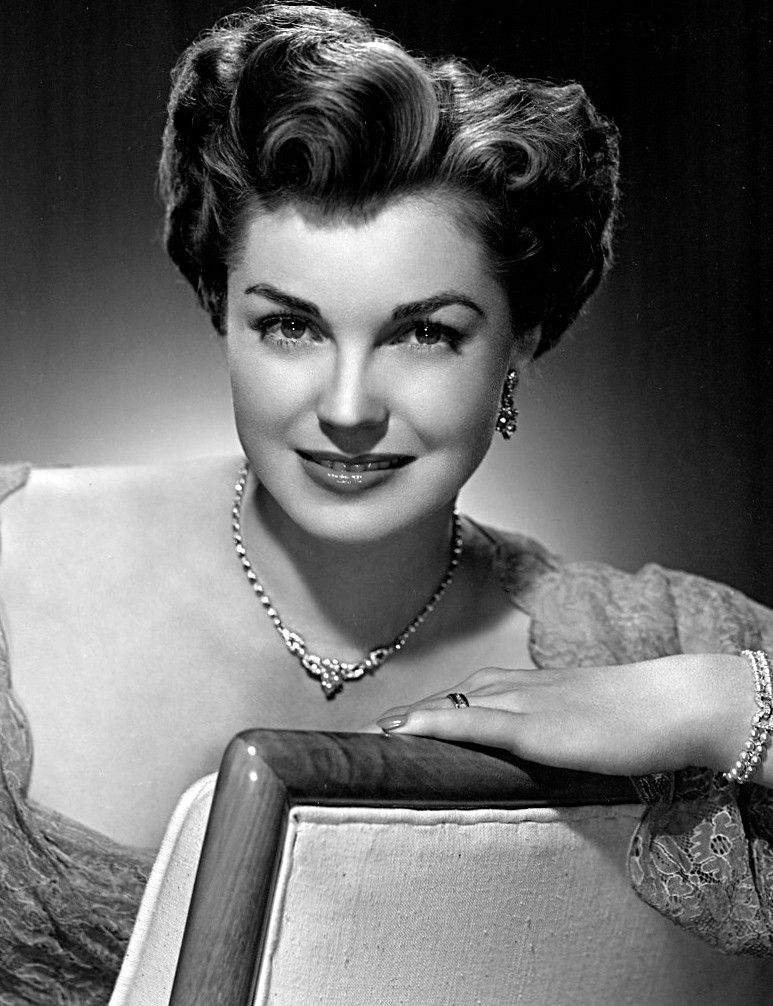 Publicity photo (1950) )of Esther Williams (1921 - 2013)