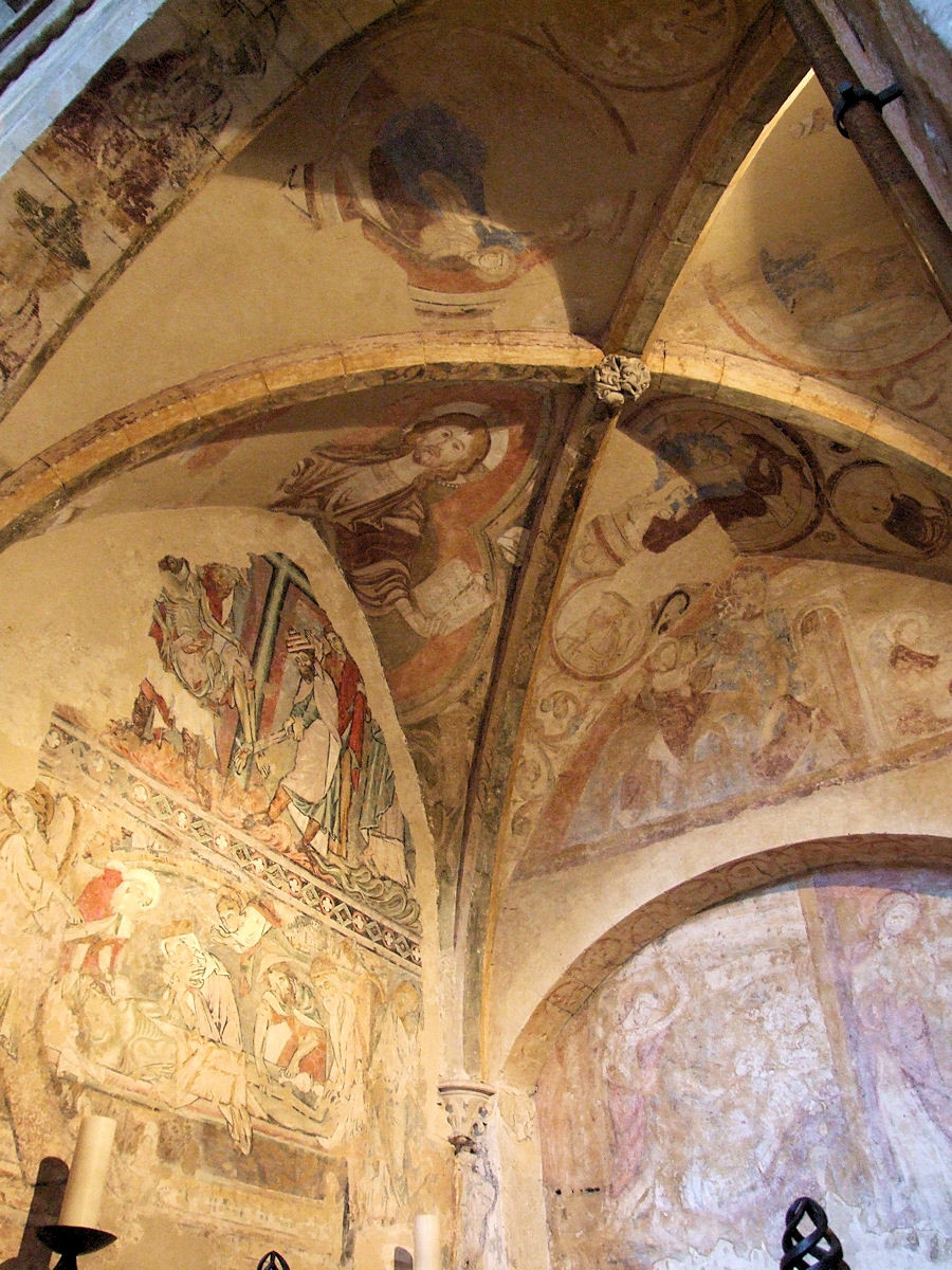 Winchester Cathedral, Winchester, Hampshire, England: wall and ceiling paintings in the Holy Sepulchre Chapel