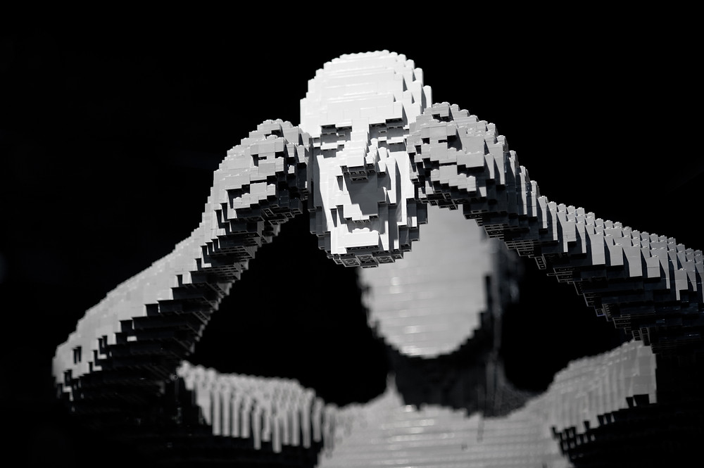 "Pop Culture, Internal Angst, and the LEGO Art of Nathan Sawaya | ""Mask"""