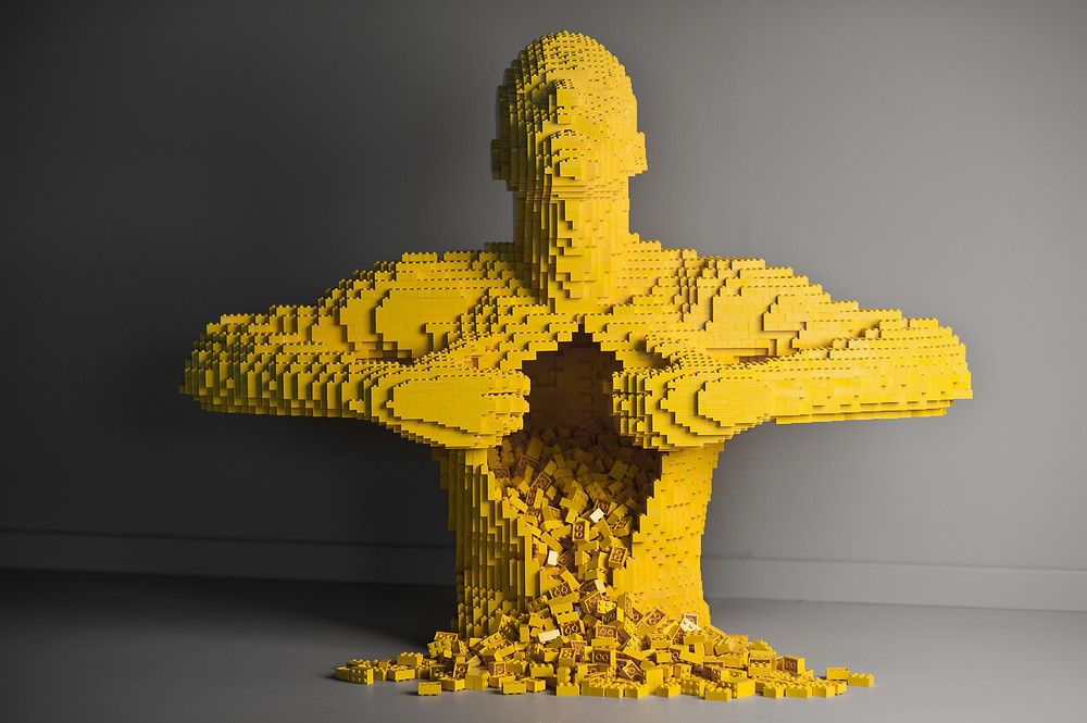 "Pop Culture, Internal Angst, and the LEGO Art of Nathan Sawaya | ""Yellow"""