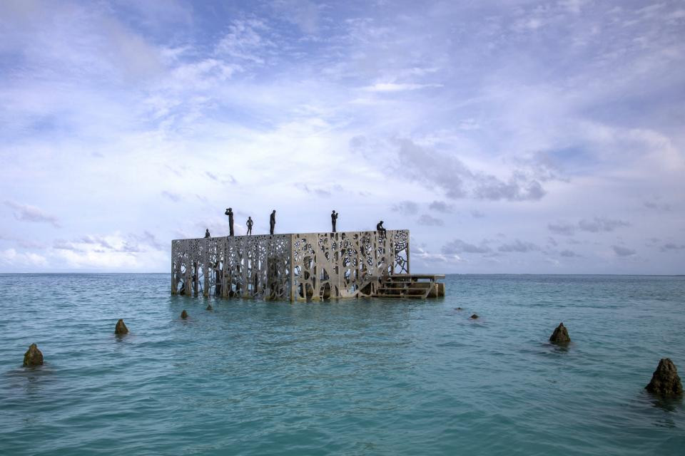 The Sculpture Coralarium in Sirru Fen Fushi in the Maldives by Jason deCaires Taylor