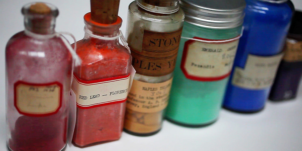 Curious visitors who turn left off the Harvard Art Museums' elevators on the building's fourth floor are greeted by the Forbes Pigment Collection, a floor-to-ceiling wall of color compiled from about 1910 to 1944 by the former director of the Fogg Museum. Stephanie Mitchell, Harvard Staff Photographer© President and Fellows of Harvard College.