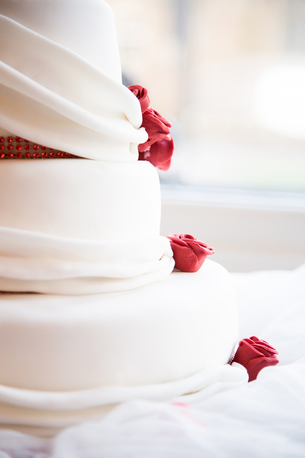From Queen Victoria to Cake Boss: The History, Evolution, and Artistic Variety of The Wedding Cake