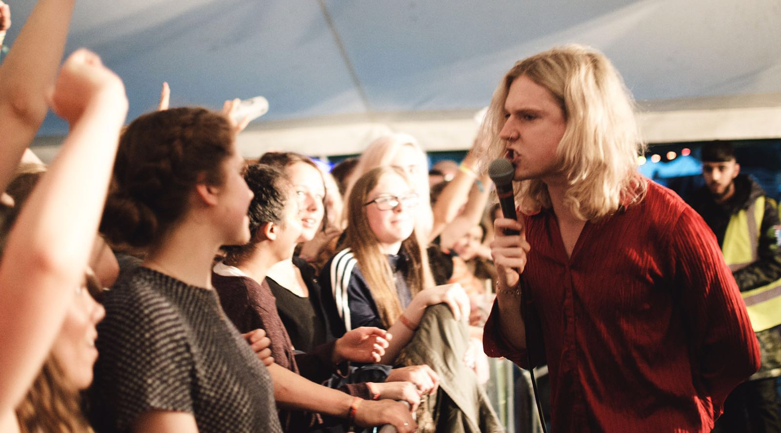 Sundara Karma signing into crowd