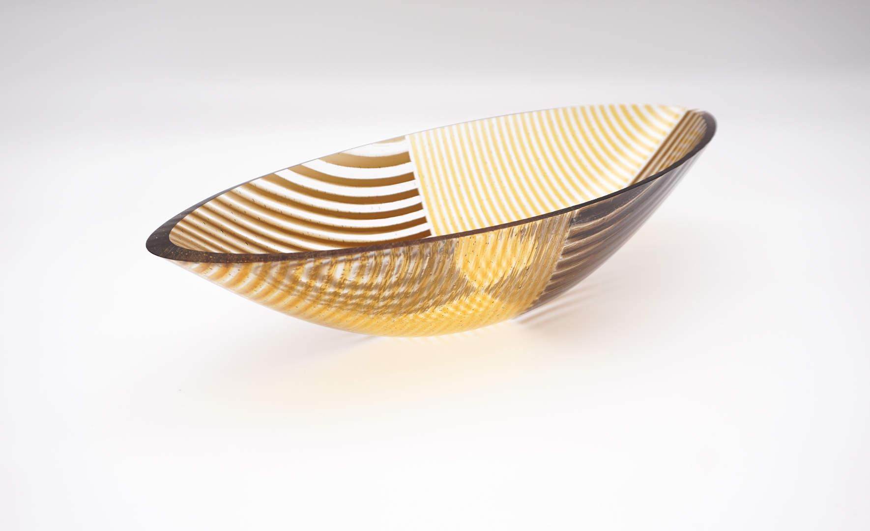 Schale - Golden Striped Boat