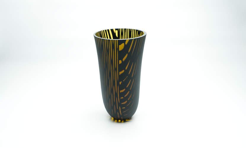 Vase Kilauea Honeyblack