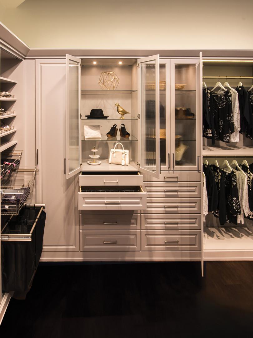 painted-mdf-wardrobe-closet-lighting_hi.