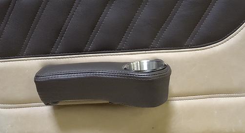 Cessna Leather Interior, Piper Custom Leather Interior, Cessna Airplane Interior, Piper Leather Interior, Custom Airplane Interior, Aviation Creation, Piper, Cessna, Beechcraft, Mooney