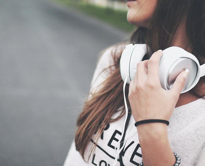 Fashion Headphones_edited.jpg