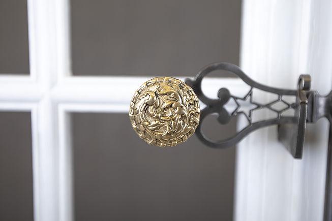 Espagnolette personnalisée bouton fonderie du laiton pour fenêtre bois