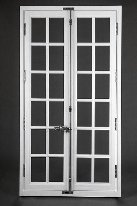 Espagnolette de fenêtre traditionnelle