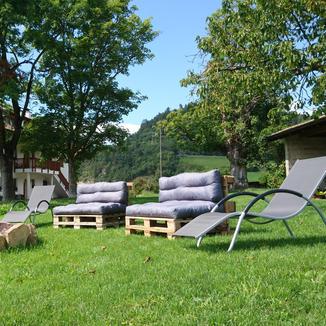 Lagerfeuerstelle und Freiluft-Lounge