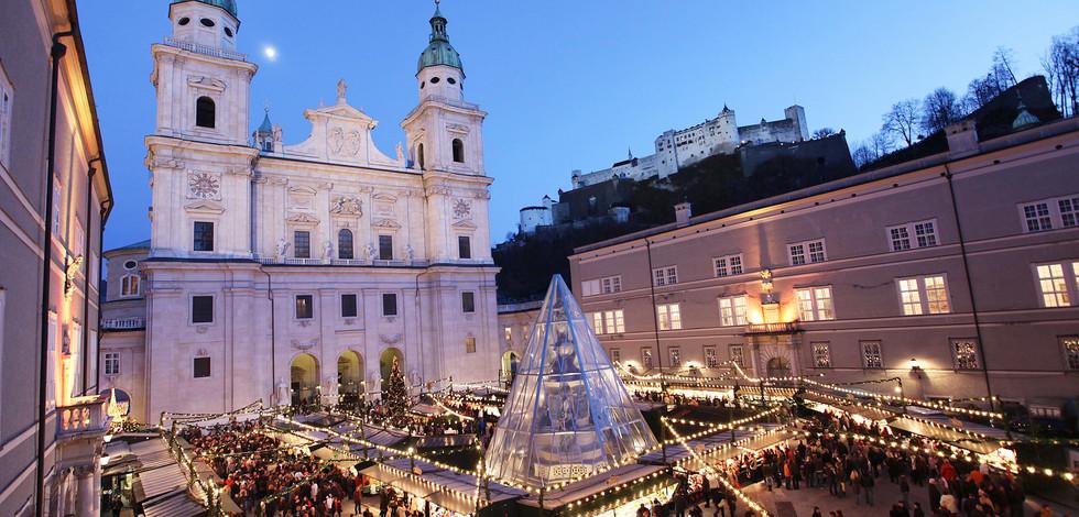 Salzburg Christmas Market.Hotel And Chalets Lampllehen Christmas Markets Salzburg