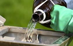 chemicals-herbisides-pestisides-iStock
