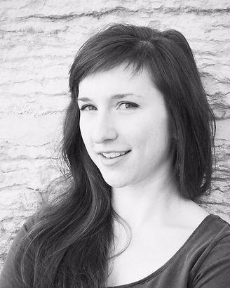 Soprano Maggie Burr (Erin Drake, 2015)