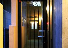 コリドールサン エントランスドア