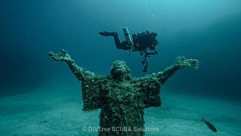 Underwater Statue.jpg