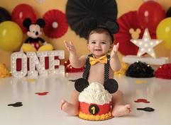 cake smash mickey mouse